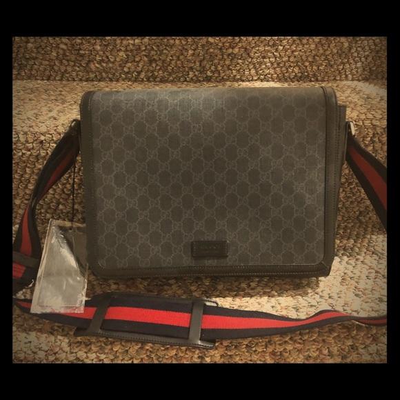 47f99458 GG Supreme flap messenger bag NWT
